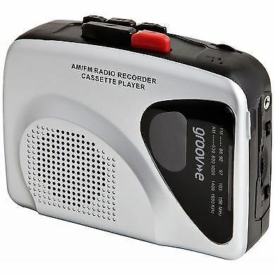 Groov-e GVPS525 Silver Retro Personal Cassette Tape Player / Recorder with Radio