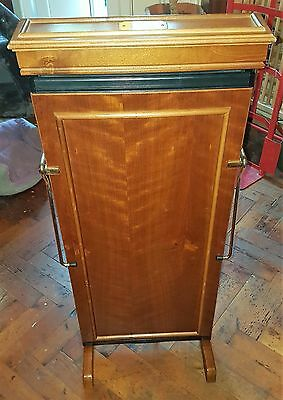 Corby Statesman Wood Finished Trouser Press By Corby Cor02