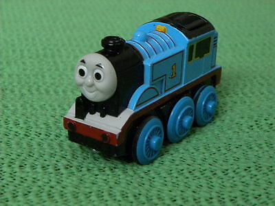 BATTERY POWERED THOMAS for Thomas and Friends Wooden Railway & BRIO TRAIN SET