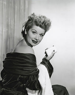 """Lucille Ball """"I Love Lucy"""" 5x7 """"Lot of 2"""" FREE US SHIPPING"""