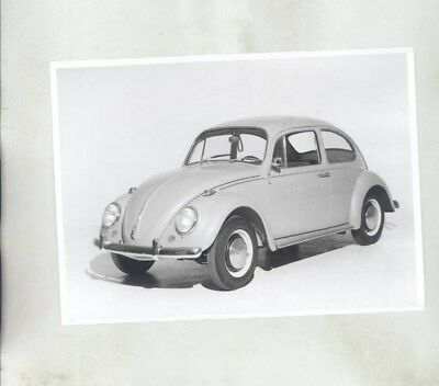 1965 Volkswagen Beetle ORIGINAL Factory Photograph wy7100
