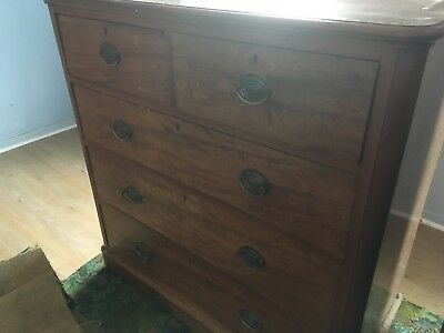Early 19th century oak veneer chest of drawers