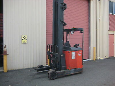 Forklift , Linde Elecrtic 2 Ton Reach , Side Shift , 8 Mtr Lift , Warehouse