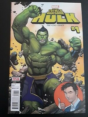 Totally Awesome Hulk #1 (March 2016, Marvel) Frank Cho Greg Pak