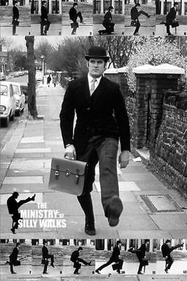 Affiche MONTY PYTHON john cleese MINISTRY OF SILLY WALKS' POSTER 60x90
