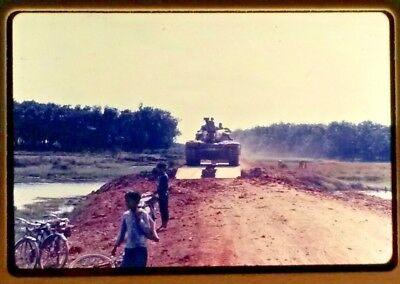 Vietnam Slide- 2 Tour Army GI with 18TH ENGINEER BRIGADE collection 1966-70 #28