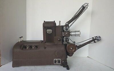 Amprosound Premier 20 Ampro Precision Projector 16mm Case and Extras.