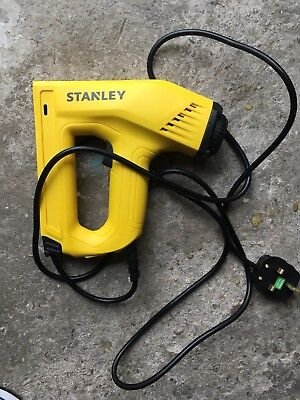 Stanley STA0TRE550 Electric Heavy-Duty Staple Nail Gun 0-TRE550 Hardly Used