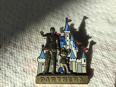 disney pin.       2006. Mickey and  Walt  partners in front of castle