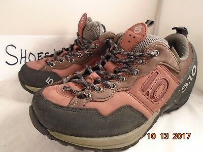 Five Ten (5.10) Camp four stealth Rock women hiking shoes size 7