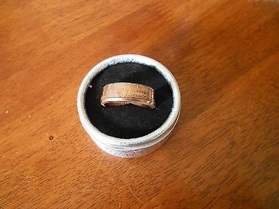 Coin Ring  Australian 25 Cent 2017 Victoria Cross  Size 14.5  Made in Australia