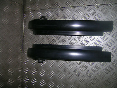 D2 Land Rover Discovery pair of head light supports black eyebrow trim finishers