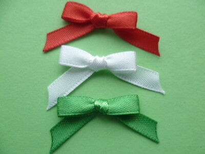 21 Christmas Mix Tiny Bright Red Green and White 6mm Ribbon bows for crafts. UK