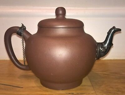 19th cent or older Yixing Chinese pottery teapot