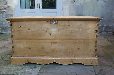 Antique Victorian Old Stripped Pine Rustic Chest