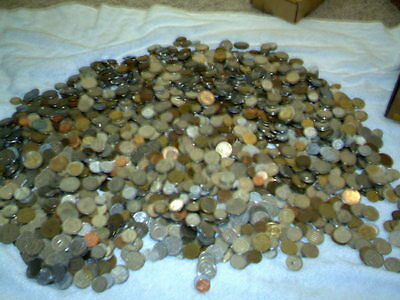Lot/Bulk: 10 Pounds Mixed Circulated Foreign Coins, good mix - bunch here now
