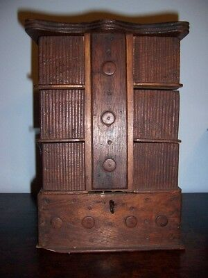 Terrific Old Folk Art Button Box