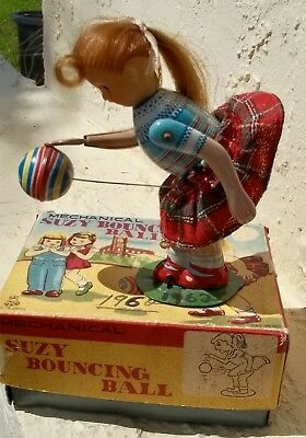 ANTIQUE Toy Tin Litho Key Wind SUZY BOUNCING BALL WORKS   Boxed