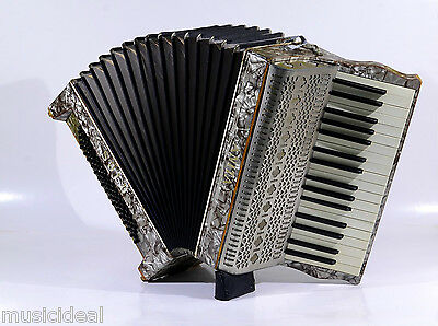 VINTAGE VERY RARE TOP ACCORDION ♫ANITA SOLO♪80 bass@THE BEST MUSIC STORE☛PETROF☆