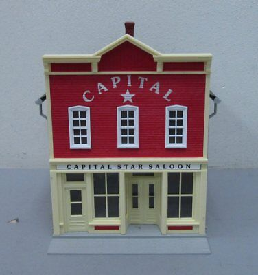 MTH 30-90274 2-Story Capital Star Saloon Hotel Building