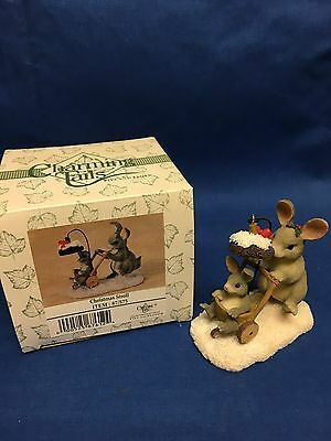 Charming Tails CHRISTMAS STROLL FIGURINE Mommy Pushing Baby Bunny in Stroller