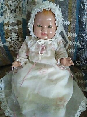"""Antique unmarked Composition and Cloth Crier Baby Doll 18"""""""