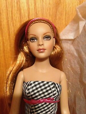 """Tonner Tiny Kitty """" Checker Groove - Redhead""""  With Box and Shipper"""