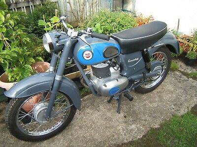 James Commodore 250cc motorcycle