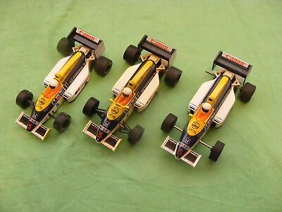 Scalextric 3 Williams Honda F1 race cars for spares or repair.