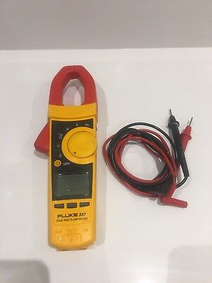Fluke  337 True rms Clamp Meter