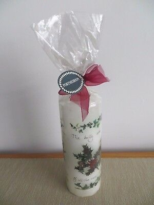 """Portmeirion 'Holly and Ivy' 7 1/4"""" Candle"""