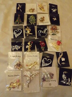 Job lot 24 Fashion Jewellery Brooches New - ideal car boot stock or card making