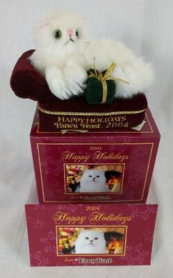 Fancy Feast Christmas Cat Ornament dated 2004 NIB NEW Collectable