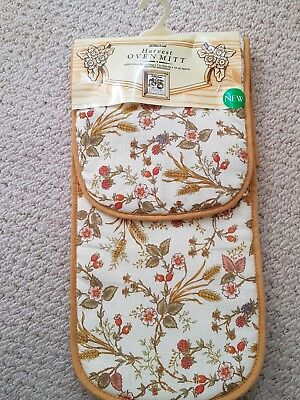 Marks & spencer Harvest double oven glove. Very rare item