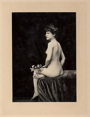 #1 CLASSICAL NUDE WOMAN STUDY Hairstyle AKT STUDIE * Vintage 1900s French Photo