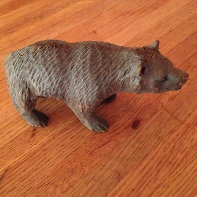 Nice Vintage/antique Wooden Carved Bear W/ Inset Eyes