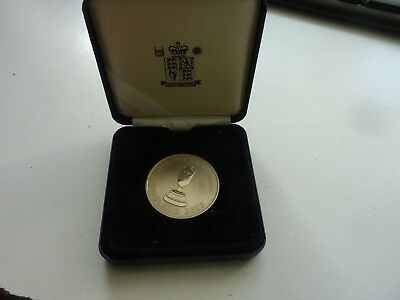 2005 ENGLAND CRICKET ASHES WINNERS ORIGINAL ROYAL MINT CASED COIN 40mm