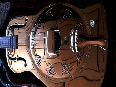 Resonator guitar + roundneck + like Dobro + metal body + with pickup - no case