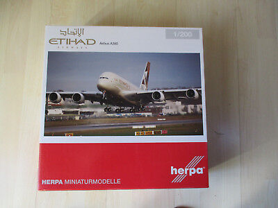 Herpa Wings 1:200 Airbus A380 Etihad Airways Reg.A6-APA Artnr.557092 OVP