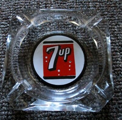 RARE 1950s  7UP SODA GLASS ASHTRAY....NOS & NICE!