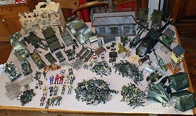 Massive Army: World Peacekeepers, GI Joe, Soldiers, Tanks house BOOM