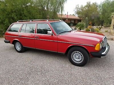 1982 Mercedes-Benz 300-Series 5 Door Station Wagon