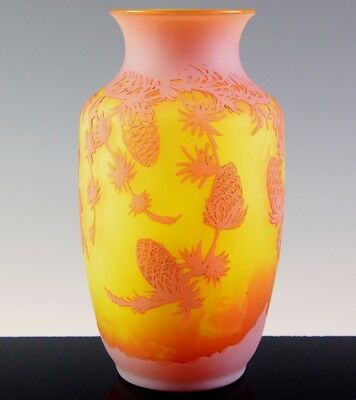 VERY NICE c1910 G RASPILLER STRASBOURG GERMAN CAMEO CUT ART GLASS PINECONE VASE