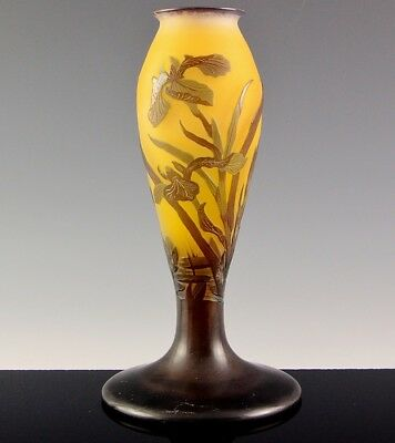 AMAZING c1910 SIGNED GALLE FRENCH CAMEO CUT ART GLASS WATER LILY IRIS LAMP BASE