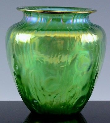 SUPERB c1899 ANTIQUE LOETZ AUSTRIAN ART GLASS RUSTICANA PATTERN CRETE GREEN VASE