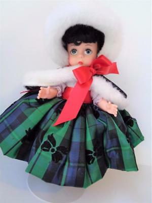 """Madame Alexander Miracle on 131 st St WENDY 8""""  Christmas Holiday Doll Mint"""