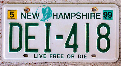 Green and White Old Man of the Mountain in a Circle New Hampshire License Plate