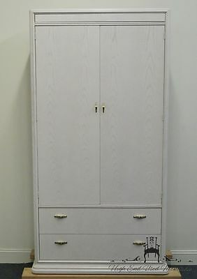 THOMASVILLE FURNITURE 42″ Fascination Clothing Armoire 25215-340