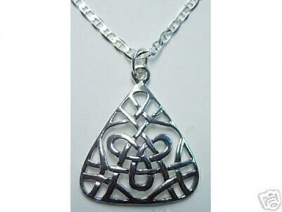 COOL CELTIC TRIQUETRA CHARMED Infinity knot Charm Sterling silver 925 jewelry pe