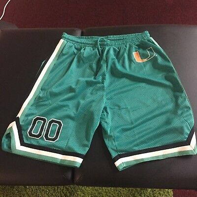 Official Authentic NCAA Men's collage basketball shorts SIZE M . FROM USA
